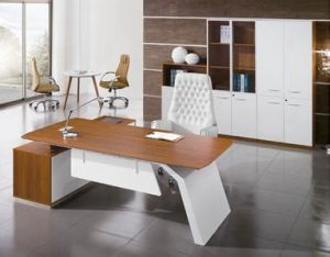 China Modern Office Furniture MFC Wooden MDF Office Table (NS-NW135) pictures & photos