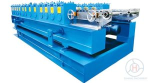 Hydraulic Cutting Door Shutter Box Cover Roll Forming Machine pictures & photos