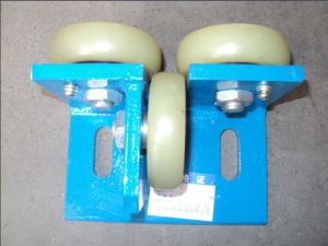 Elevator Roller Guide Shoes Door Guide Shoe Elevator Parts pictures & photos
