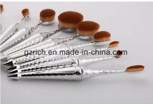 10PCS Oval Makeup Brushes Set Multipurpose Professional Foundation Powder Brushes Cosmetic Kits pictures & photos