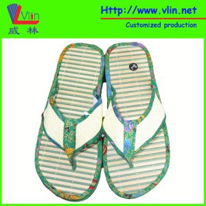 Fashion Slipper with Wood Sole and Straw Strap pictures & photos