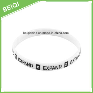 Popular Slim Silicon Wristband with Custom Logo pictures & photos