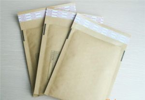 Composite Kraft Paper Bubble Bag Padded Envelopes Mailing Bags pictures & photos