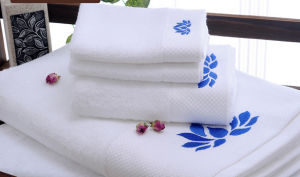 100% Cotton High Quality Face Towel Set for Hotel Bathroom pictures & photos