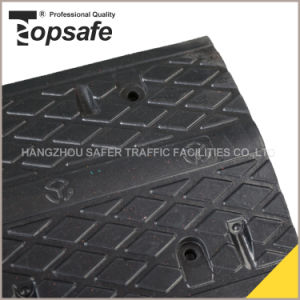 Vehicle Traffic Safety Rubber Speed Bump (S-1103) pictures & photos