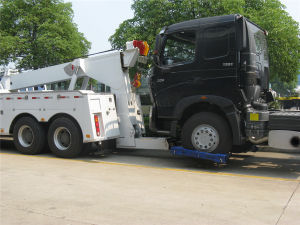 Sinotruk Heavy Duty HOWO 6*4 Wrecker Truck pictures & photos