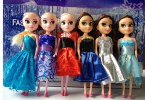 Frozen Dolls of The Fashion Dolls pictures & photos