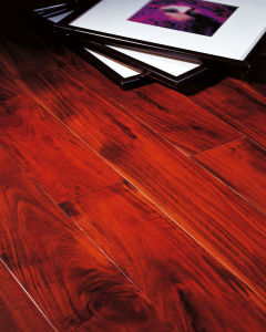 12.3mm Piano Surface HDF Laminate Flooring Waterproof E0 pictures & photos