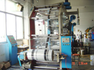Servo Motor Doctor Blade High Speed Flexographic Printing Machine (WQD) pictures & photos