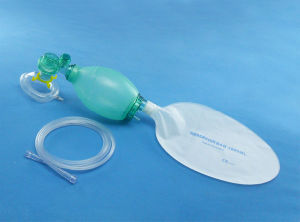 Disposable SEBS Pediatric Manual Resuscitator for Medical Use pictures & photos
