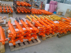 Dh360/Dh370 Bucket Cylinder / Hydraulic Cylinder of Doosan Excavator pictures & photos