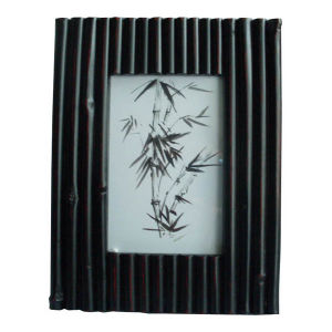 Black Color Modern Bamboo Picture Frame Photoframes pictures & photos