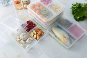 3-Compartment Microwave Safe Food Container with Lid/Divided Plate/Bento Box/Lunch Tray with Cover pictures & photos