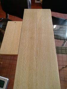 Guangzhou Hot Sell UV Light Brushed Oak Engineered Wood Flooring