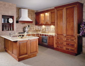 Solid Wood Kitchen Cabinet #280 pictures & photos