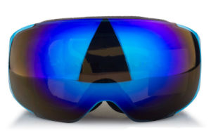 Prescription Polarized UV 400 Skiing Helmet Protective Goggles pictures & photos