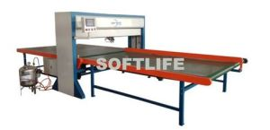 CNC Mattress Gluing Adhesive Machine pictures & photos