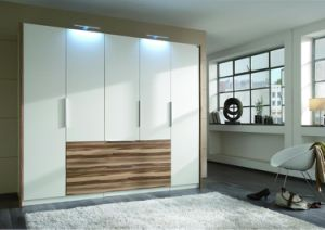 Ritz Bedroom Furniture, White High Gloss Wardrobe Closet pictures & photos