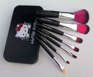 Hello Kitty 7 Pieces Makeup Brush Set pictures & photos