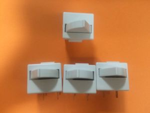 Good Quality Refrigerator Door Switch pictures & photos