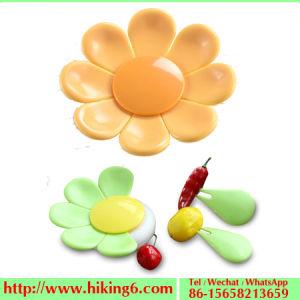 Flower Fruit Fork, Plastic Fork, Flower Blossom Shape Fruit Fork pictures & photos