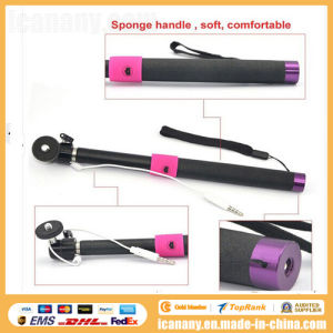 Extendable Selfie Stick Handheld Stick Monopod Wired Audio Cable pictures & photos