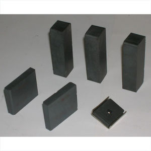 2017 Latest Factory Price Sintered Hard Ferrite Magnet pictures & photos