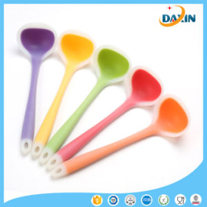 New Design High Quality Colorful Silicone Soup Spoon pictures & photos