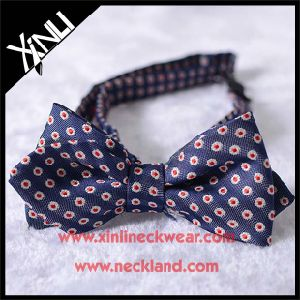 Diamond Shape Mens Fashion Woven Silk Bowtie pictures & photos