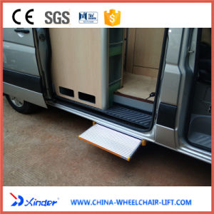 Electric Step for Ambulance pictures & photos