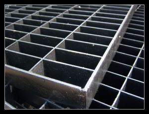 255/30/100 Black Grating Panel pictures & photos