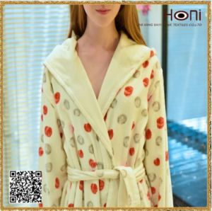 China Factory Printed Hodded Cotton  Bathrobes pictures & photos