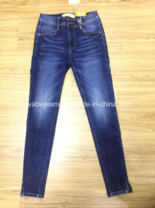 8.6oz Women Jeans (HY5159-18GDT) pictures & photos