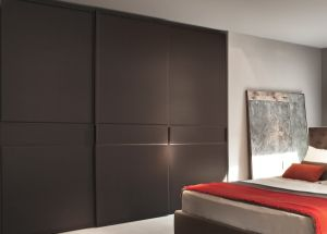 Bedroom Wardrobes with Sliding Doors pictures & photos