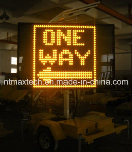 Variable Message Traffic Sign Trailer Mounted and Solar Powered pictures & photos