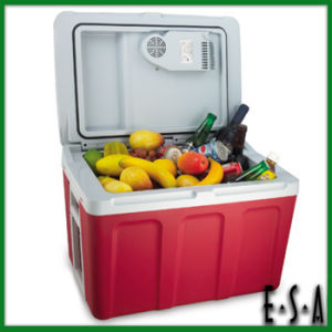 New Design Household Bullet Ice Machine, Portable Ice Maker Machine, Hot Selling Household Mini Square Ice Cube Machine G14b113 pictures & photos