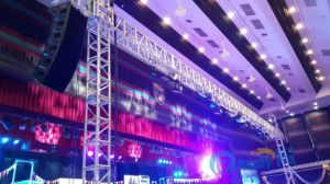 Hot Sale Popular Cheap LED Truss LED Display Screen Truss Goal Post Truss pictures & photos