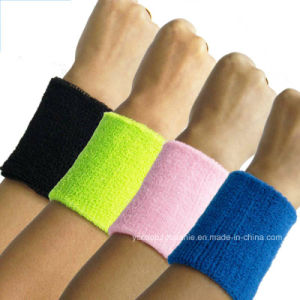 Bright Color Custom Logo Sport Wristband pictures & photos