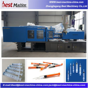 Disposable Medical Syringe Needle Inejction Moulding Machine Production Line pictures & photos
