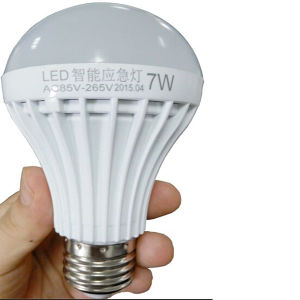 Free Sample! ! ! Rechargeable LED Emergency Bulb Light pictures & photos