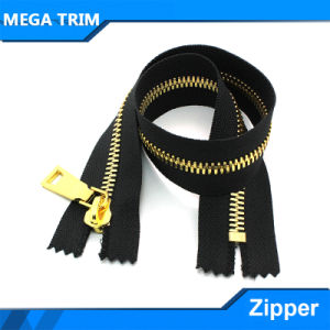 5# Non-Lock Gold Teeth Metal Zipper with Gold Zipper Slider pictures & photos