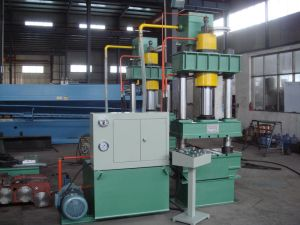 Y32 Series 200t 4-Column Sheet Metal Hydraulic Press Machine pictures & photos