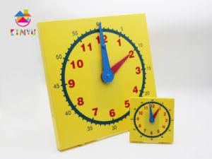Hotsale Classroom Supplies / Plastic Clock pictures & photos