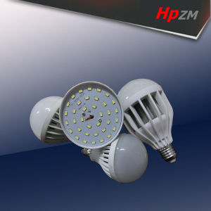 E27 B22 High Power Aluminum with Plastic LED Bulb pictures & photos