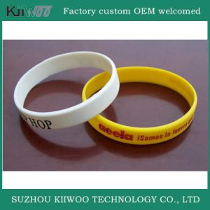 China Manufacture Customized Design Silicone Rubber Wristband pictures & photos