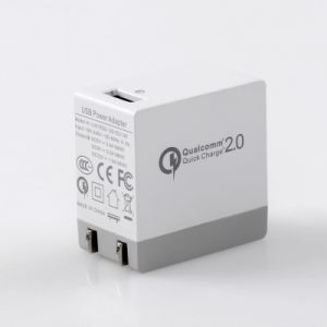QC2.0 USB Wall Charger with Fold Plug Ce/RoHS/FCC Approved pictures & photos