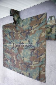 Light Reusable Camouflage PVC Poncho/Rain Poncho with PU Coating pictures & photos