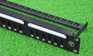 24 Ports CAT6 Unshielded Feed Through Patch Panel 1u pictures & photos