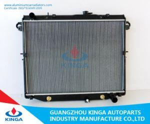 Auto Parts Aluminum Radiator for Toyota Land Cruiser′01 Fj100/Uzj100 at pictures & photos