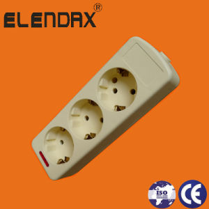 10/16A Europe 3 Way Power Extension Socket with Lamp (E9003E) pictures & photos